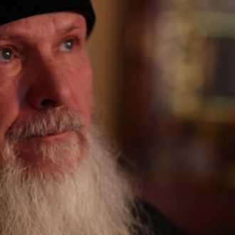Father Vladimir in the documentary Generation of Change (© Arte, MDR, Looks Film & TV)