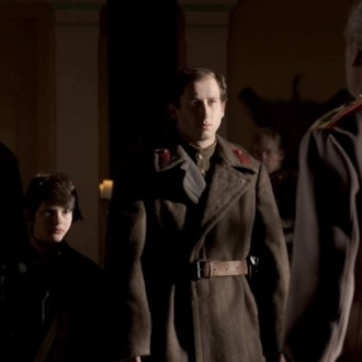 David Kaplan as Misha Petrovsky, Oleg Tikhomirov as Bogdan Aristov and others in episode 7 of Small Hands in a Big War (© Looks Film & TV).
