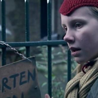 Sammy Stasse als Marie van Schie in aflevering 10 van 13 in de oorlog (© NTR)