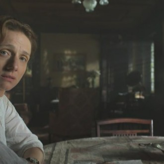 Christina Große als Käthe Kollwitz in 14 Dagboeken van de Eerste Wereldoorlog (© Looks Film & TV)