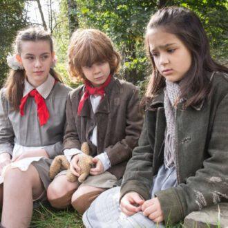 Christina Chorowska als Tamara, Ilja Bultmann als Mischa en Uljana Torkiani als Vera in aflevering 6 van Kids of Courage (© SWR, Looks Film & TV).