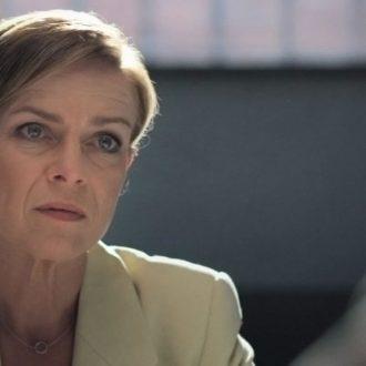 Beate Laass als Anna-Luise Brand in het docudrama Mielke, Meister der Angst (© Arte, MDR, Looks Film & TV)