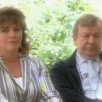 Henriëtte Tol als Beatrijs en Gaston van Erven als Klaas in Moeders & Dochters (© Networks Unlimited)