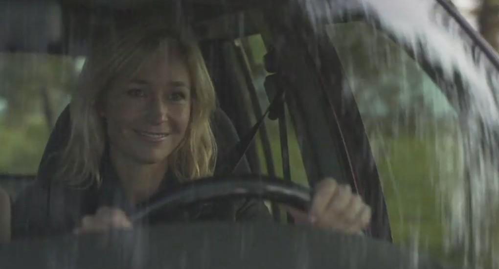 Wendy van Dijk als Fenna Kremer in aflevering 1 van Moordvrouw (© Endemol Nederland)