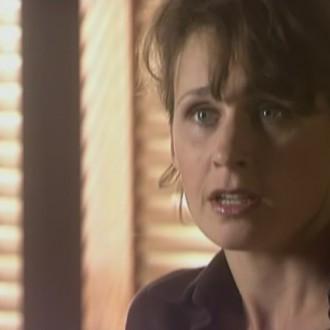 Lieke-Rosa Altink als Marion Schouten in aflevering 22 van Rozengeur & Wodka Lime (© Endemol Nederland)