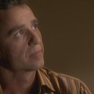 Chris Tates als Adriaan Schwartz in aflevering 52 van Rozengeur & Wodka Lime (© Endemol Nederland)