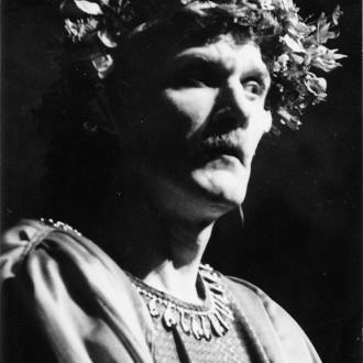 Vladimir Tasjlykov als Herodes in de voorstelling Salomé in het Moskouse Dramatheater in Noginsk