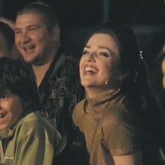 Shai Datauker als de 8-jarige Carlo en Katarina Justić als Isabel en circusartiesten in Salto Mortale (© Eyeworks Egmond Film & TV Drama)