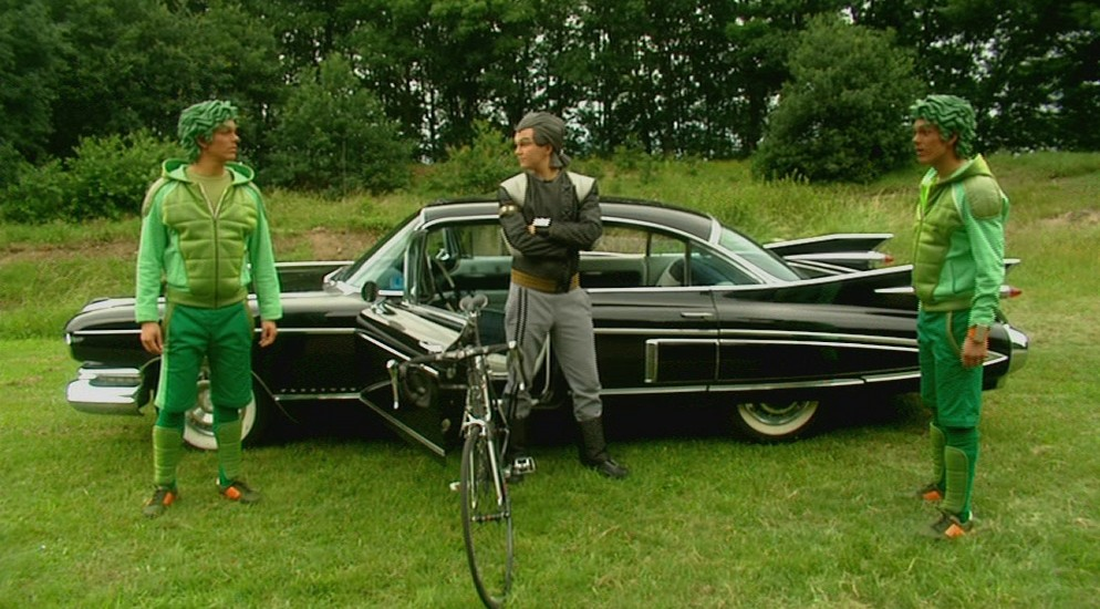 Miro Kloosterman als Ballistico en Joris Putman als Rudy Rude in aflevering 8 van Sportlets (© Workout Factory BV)
