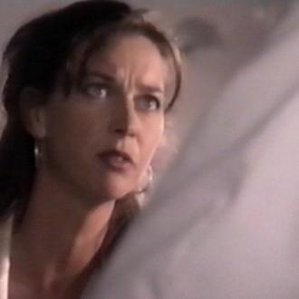 Charmaine Hulsbosch als Roos Witteveen in aflevering 15 van Trauma 24/7 (© Endemol Nederland)
