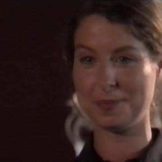 Sandra Mattie als Jasmijn Rood in aflevering 20 van Trauma 24/7 (© Endemol Nederland)