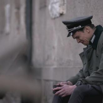 Bernhard Conrad als Wilm Hosenfeld in het docudrama Vater, Mutter, Hitler (© SWR/ECO Media TV/Thomas Schuhbauer)