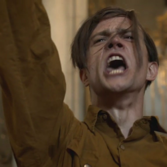 Michael Steinocher als Felix Landau in het docudrama Vater, Mutter, Hitler (© SWR/ECO Media TV/Thomas Schuhbauer)