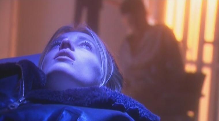Jennifer Hoffman als Sam de Graaf in aflevering 95 van Westenwind (© Endemol Nederland)